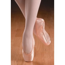 "Freed ""Studio"" Pointe Shoe"